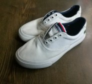 Lacoste tennised, 31